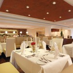 bose-tischlerdesign-Restaurant